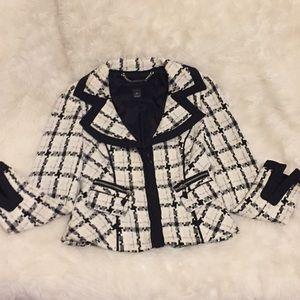 White and black zipper up blazer